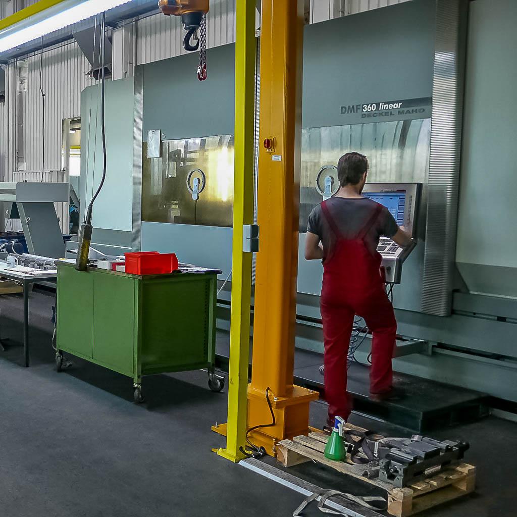 CNC Drehen - Drehmaschinen - Franz Kattner Metallbearbeitung in Esslingen, Stuttgart